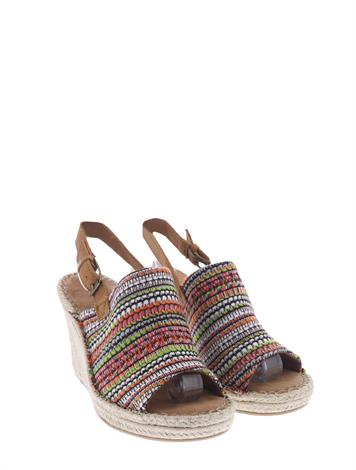 Toms Monica Cher Tom Global